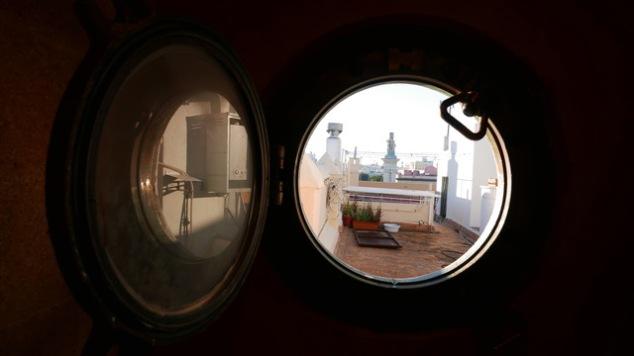Porthole open