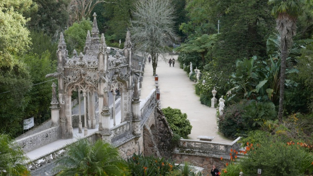 Quinta walkways
