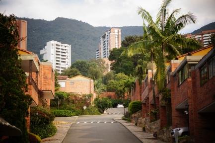poblado housing